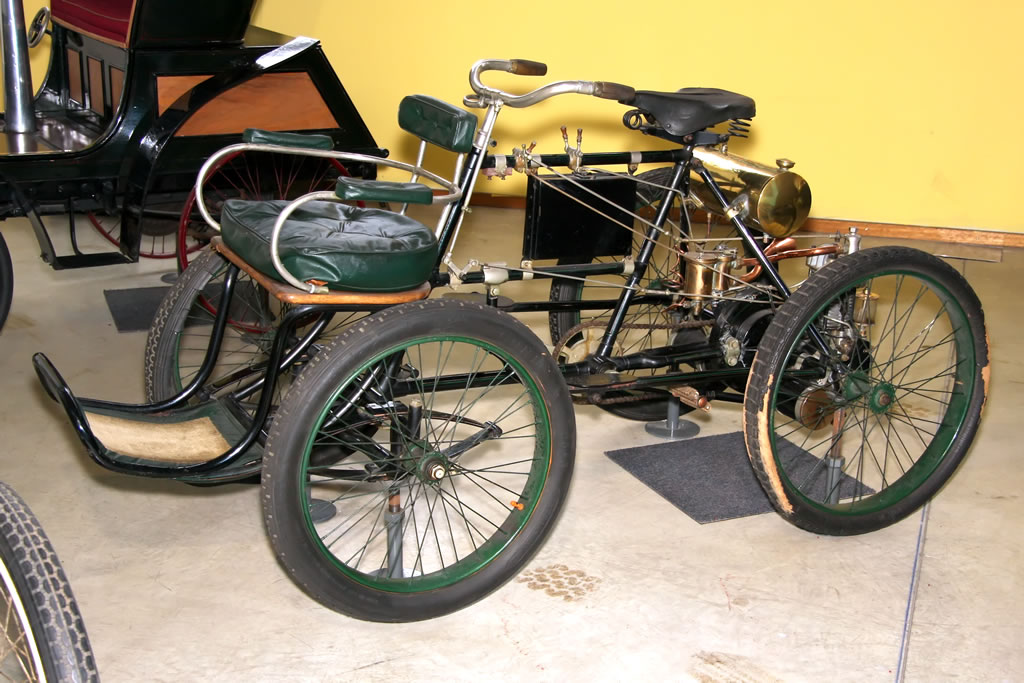Automoto Quadricycle De Dion-Bouton - 1899